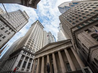 Report: Bank of America, JP Morgan Ban Credit Crypto Purchases - CoinDesk
