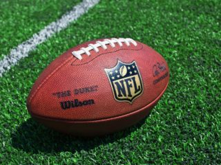 NFL Players Union Strikes Deal to Help Athletes to Earn Crypto - CoinDesk