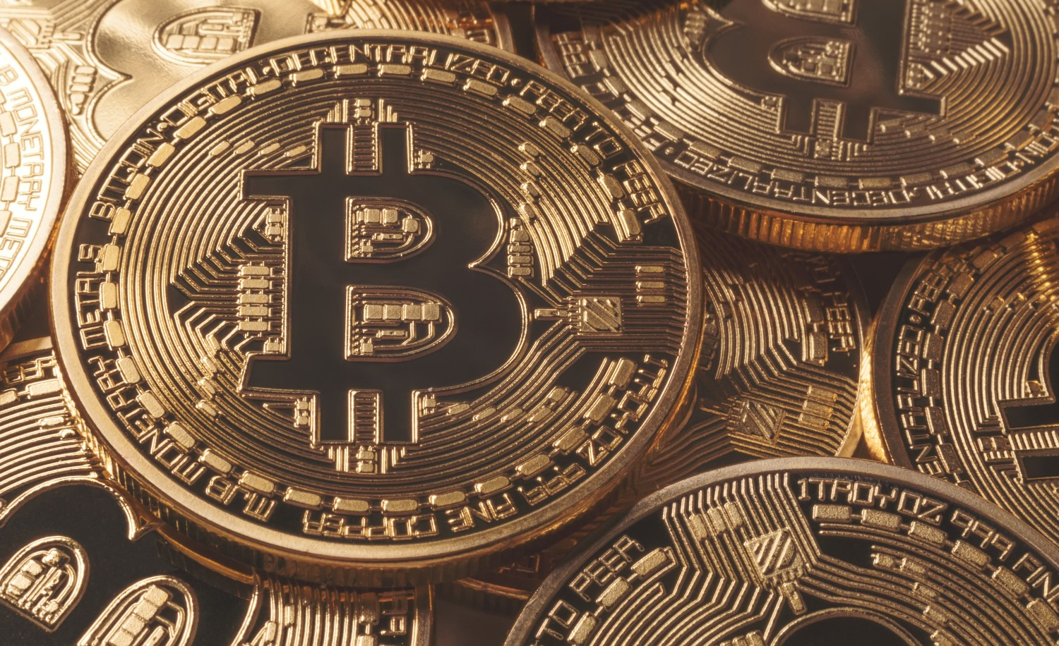 Bitcoin Drops Below $3.4K to Set a New 2018 Low - CoinDesk