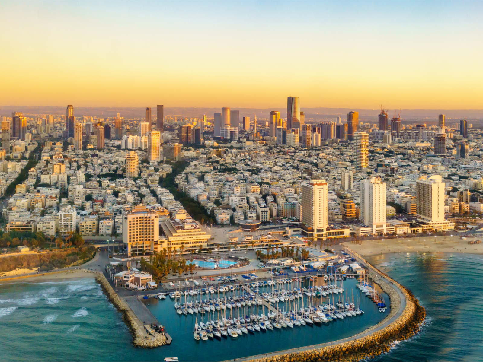 Tel Aviv Court Rules Bank Can't Close Crypto Miner's Account - Bitcoin News